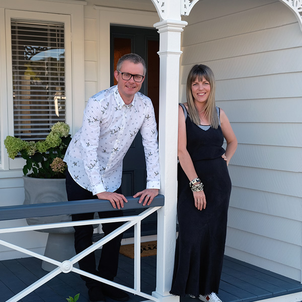 WHITE Cottage Matakana New Zealand -Simon-and-Amy-Hope Portrait-2019